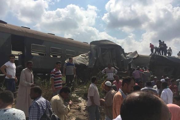 2240067 - Στους 36 οι νεκροί από τη σύγκρουση τρένων στην Αίγυπτο