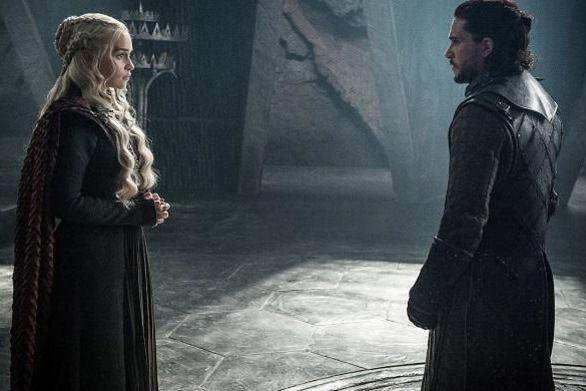 2250580 - Game of Thrones - Η σκηνή σεξ των Τζον Σνόου και Ντενέρις (φωτο)