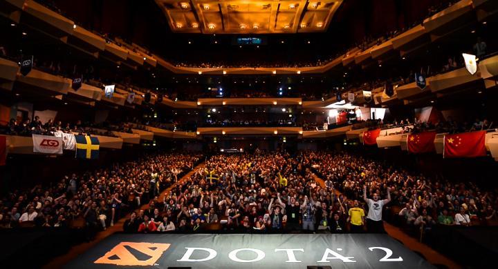 crowd end of da - Η άνοδος των ρομπότ: Ένα πρόγραμμα κερδίζει τον καλύτερο παίχτη του Dota 2