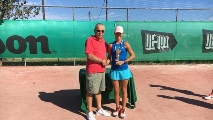 0f033f4b131c28a9ceb847808514dbd1 XL - Λαρισινές επιτυχίες στο τένις