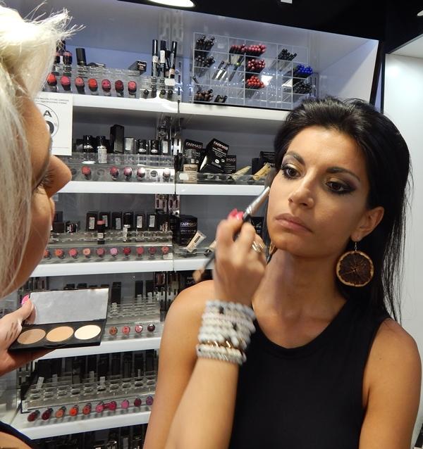 10 1 - Βρήκαμε που θα κάνετε το καλύτερο δωρεάν μακιγιάζ στη Λάρισα!
