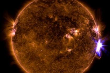 1249389 ilios 1 - Νέο εκρηκτικό ξέσπασμα του Ήλιου - Η 7η ισχυρή ηλιακή έκλαμψη σε μία εβδομάδα