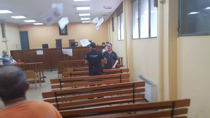 201709201315317032 - Ματαιώθηκαν οι πλειστηριασμοί στη Λάρισα