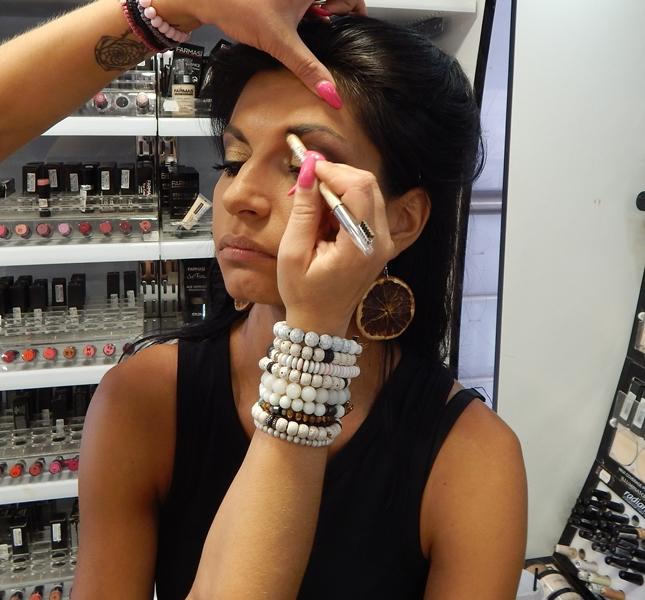 6 1 - Βρήκαμε που θα κάνετε το καλύτερο δωρεάν μακιγιάζ στη Λάρισα!