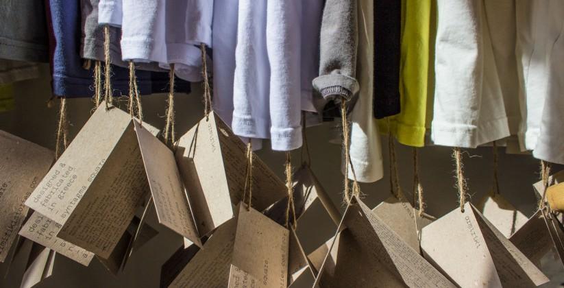 Hangers 823x420 - Ψάξαμε και βρήκαμε για σένα τα πιο cool t-shirts στην Ελλάδα!