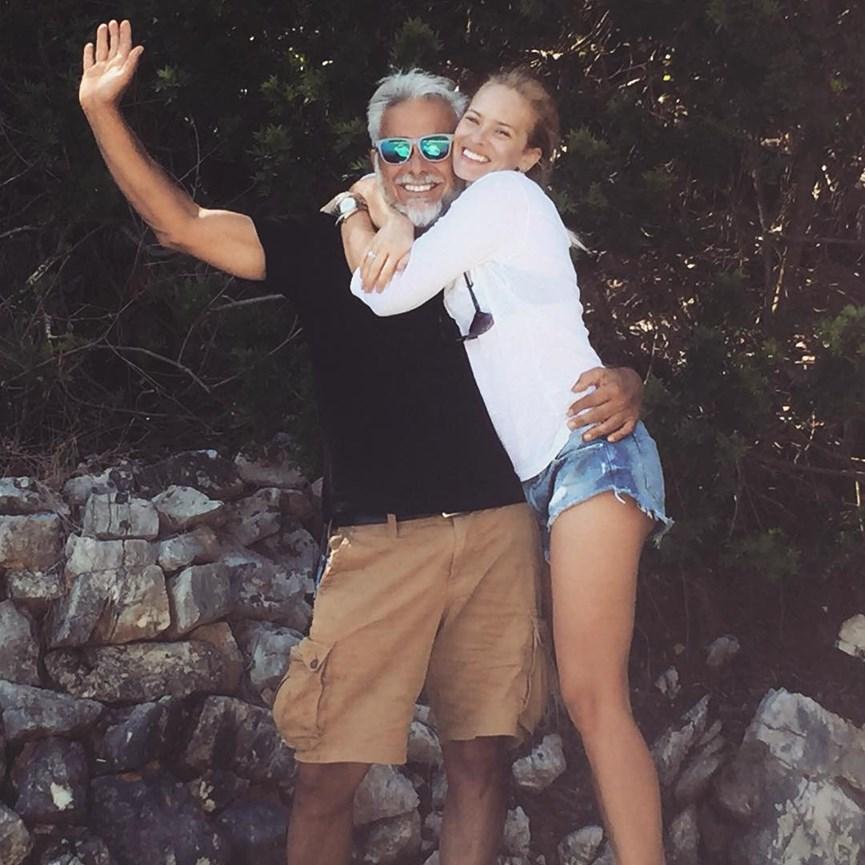 1a 1 2 - Χάρης Χριστόπουλος: Αυτή είναι η πανέμορφη σύντροφος του κριτή του My Style Rocks!