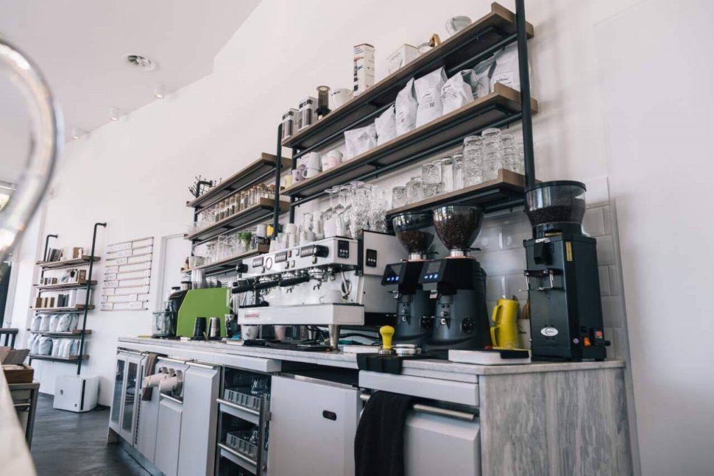 22095543 10155622855027978 2147276682 o1 1024x683 - Las Ramblas the Lab: Ένα minimal Coffee Lab δίπλα στον Πηνειό!
