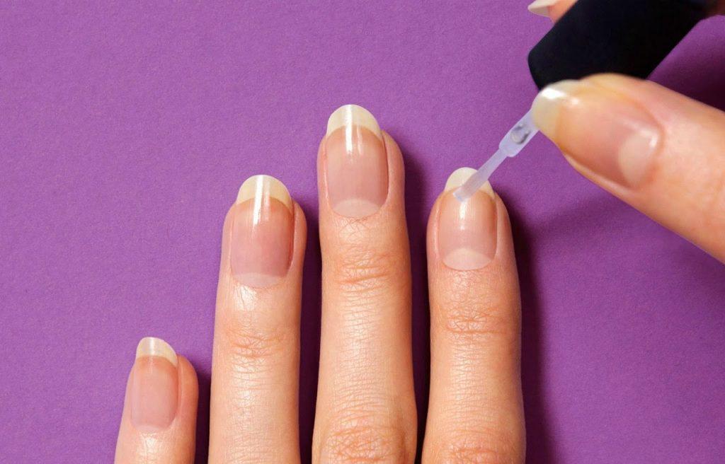 287 1024x656 - Έχεις ταλαιπωρημένα νύχια; Υπάρχει λύση!