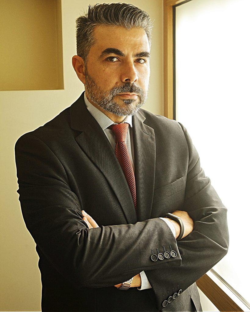 IMG 5014 Fb1 819x1024 - Ο Αντώνης Γραβάνης για την συγκέντρωση δικηγόρων