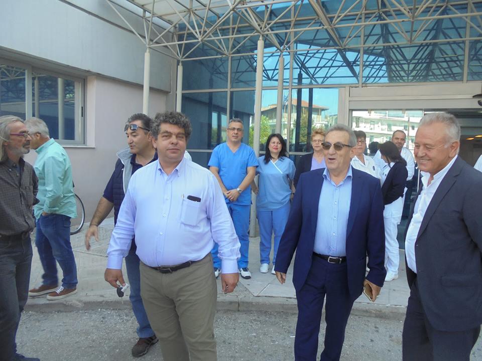 OXIMA1 - Όχημα στο Nοσοκομείο Τρικάλων δώρισε η ΤΡΙΚΚΗ