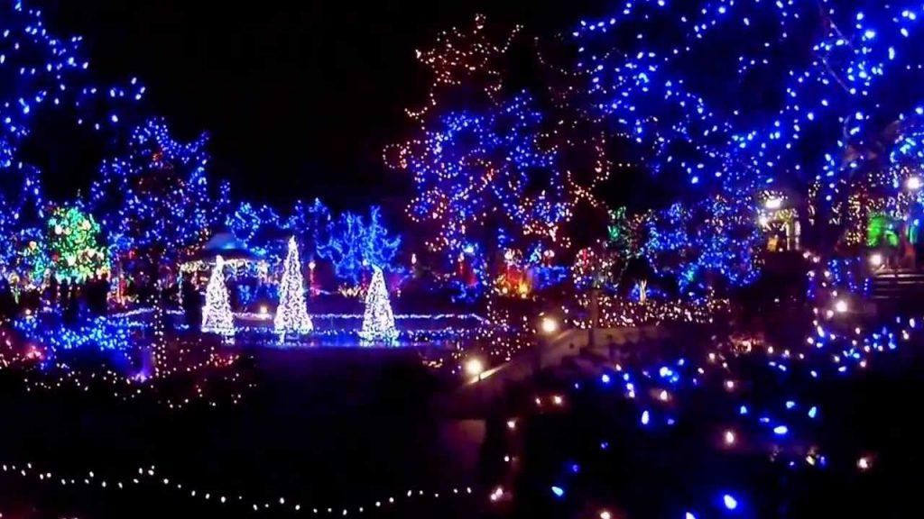 maxresdefault 1 1024x576 - Χριστουγεννιάτικος κήπος στο Αλκαζάρ
