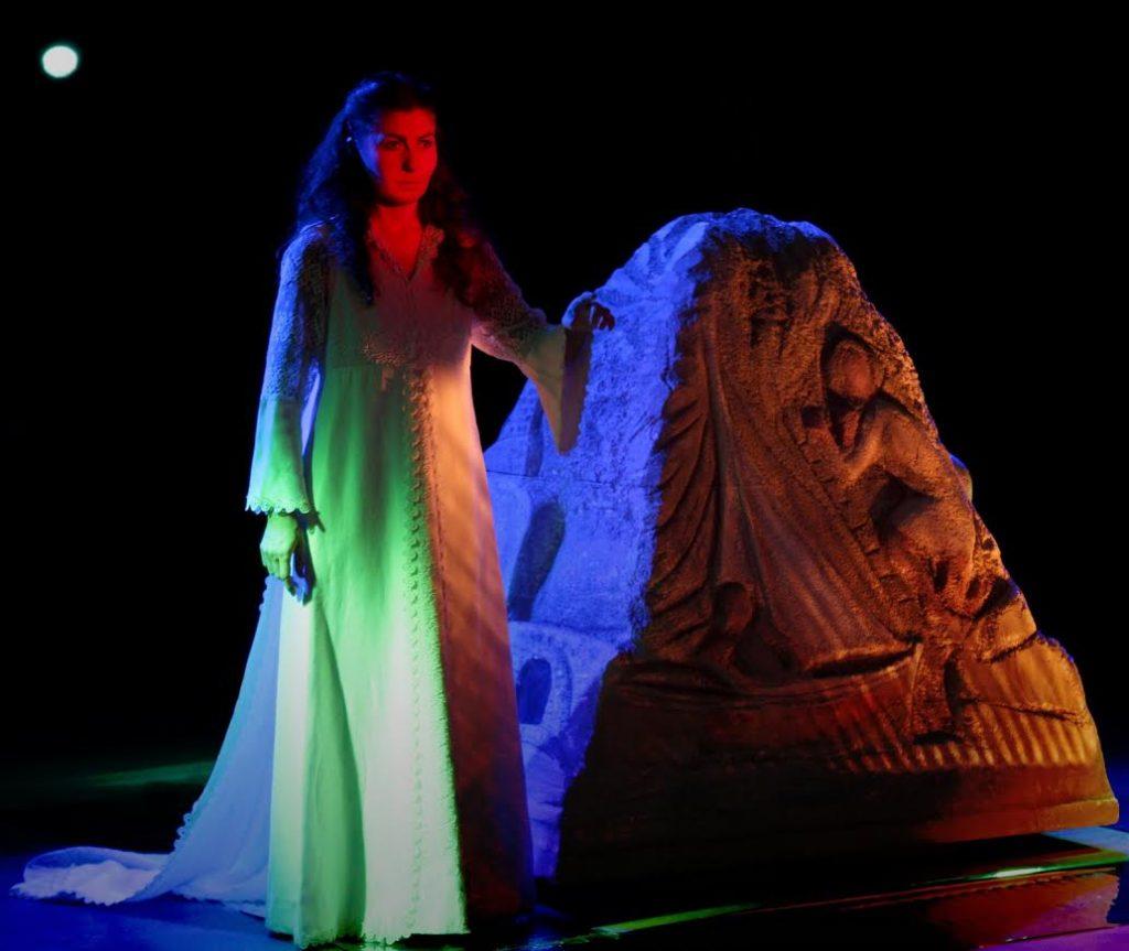 myrologi20fokia202 1 1024x863 - Παπαδιαμάντης στο Θέατρο του Μύλου
