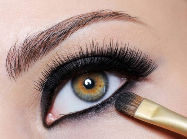 skia eyeliner smokie - Φθινοπωρινό μακιγιάζ και τα είδη των eyeliner για κάθε γούστο
