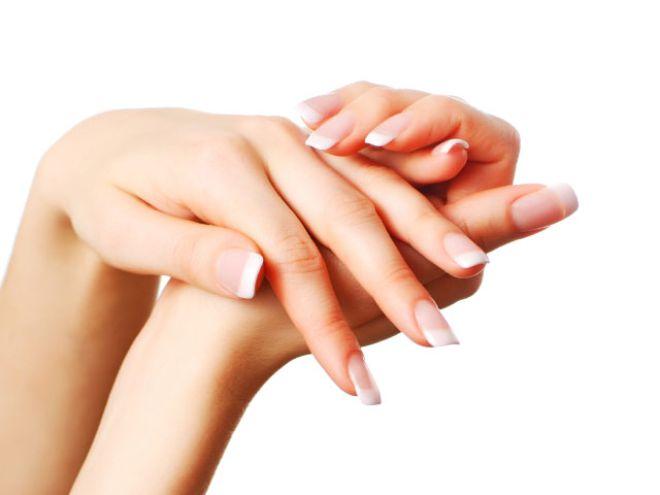 thumbs 42108 the anatom.jpg.660x0 q80 crop scale upscale - Έχεις ταλαιπωρημένα νύχια; Υπάρχει λύση!