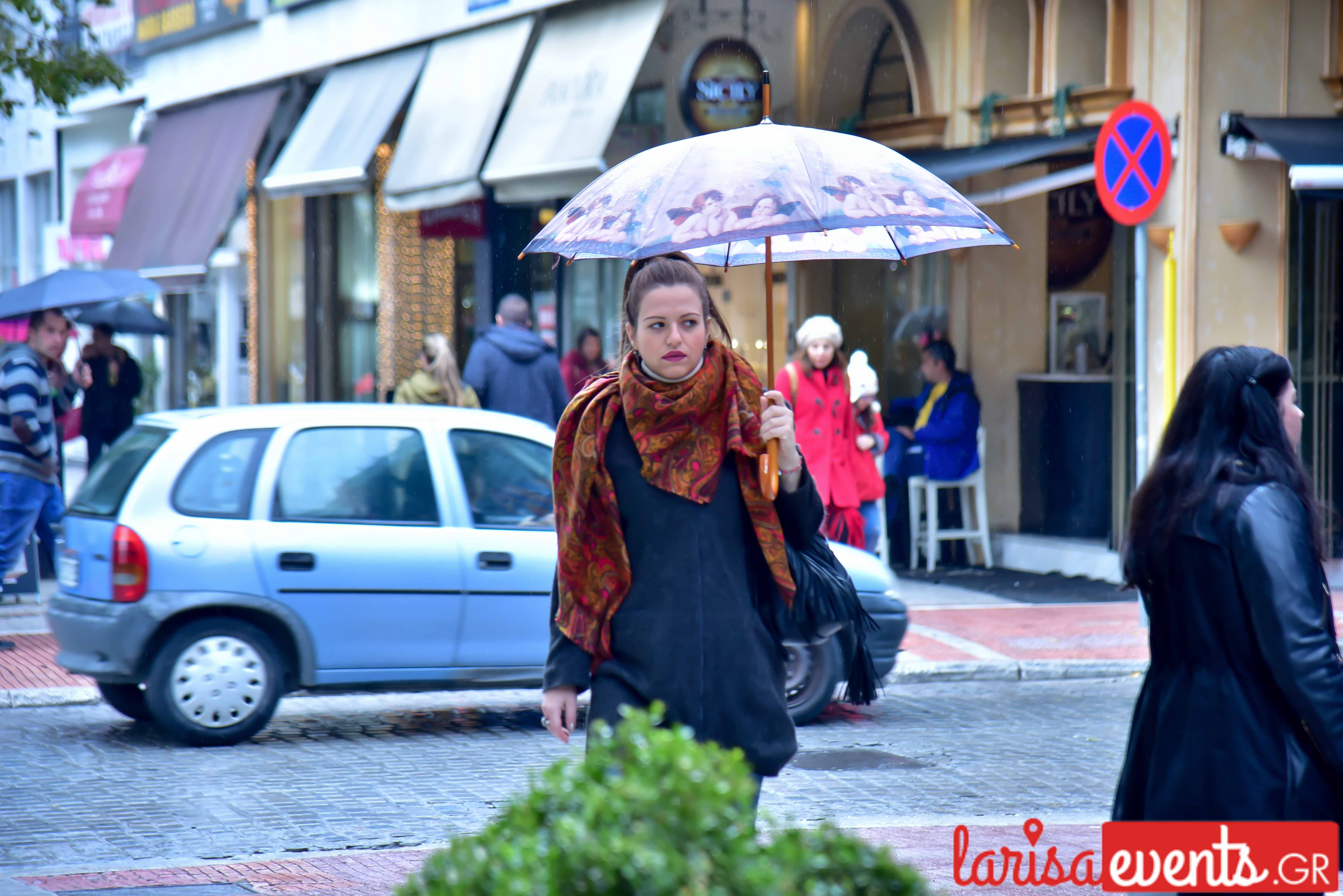 LAZ 6752 - Λάρισα's Street Style | Οι Λαρισαίοι σε street style clicks!