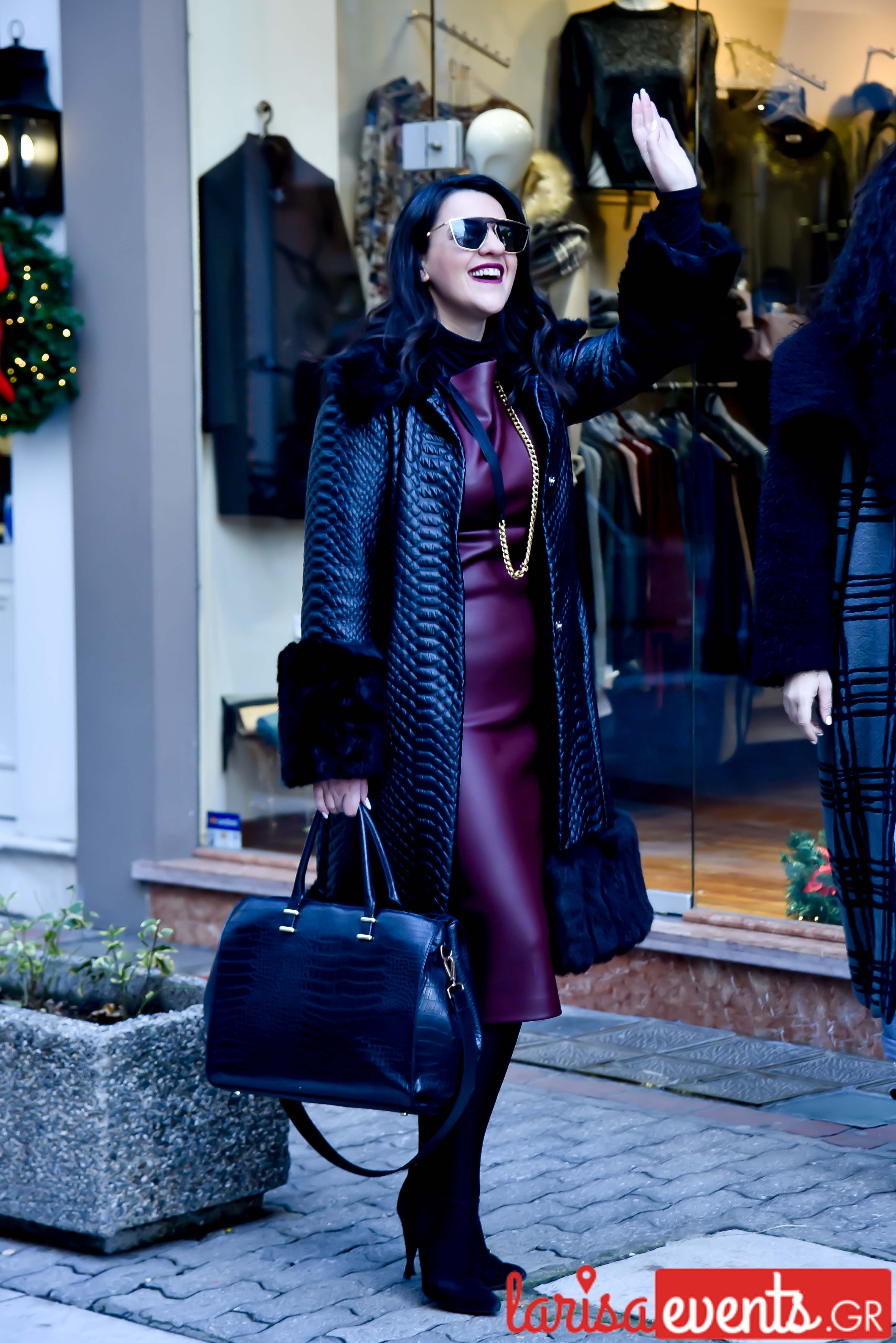LAZ 7339 - Λάρισα's Street Style | Οι γυναίκες της πόλης σε street style clicks!