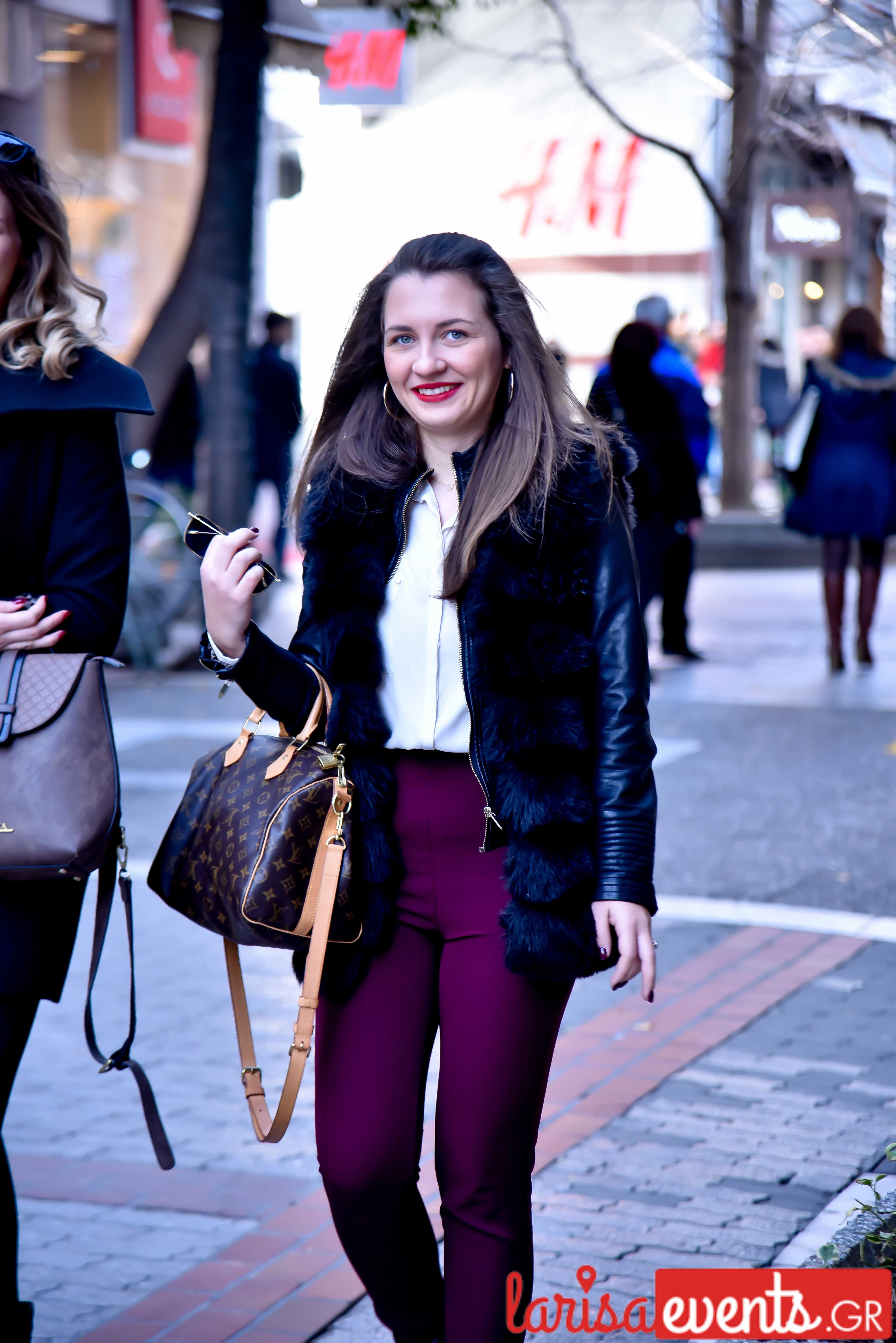 LAZ 7382 - Λάρισα's Street Style | Οι γυναίκες της πόλης σε street style clicks!
