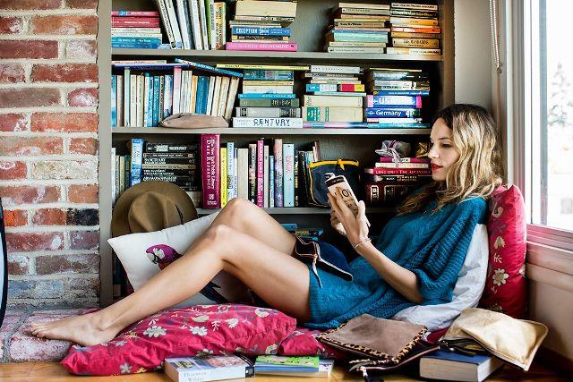 7 life changing essays you need to read now 1918507 1475019546.640x0c - Βαριέσαι να βγεις έξω στη Λάρισα; 24 πραγματα που μπορείς να κάνεις σπίτι