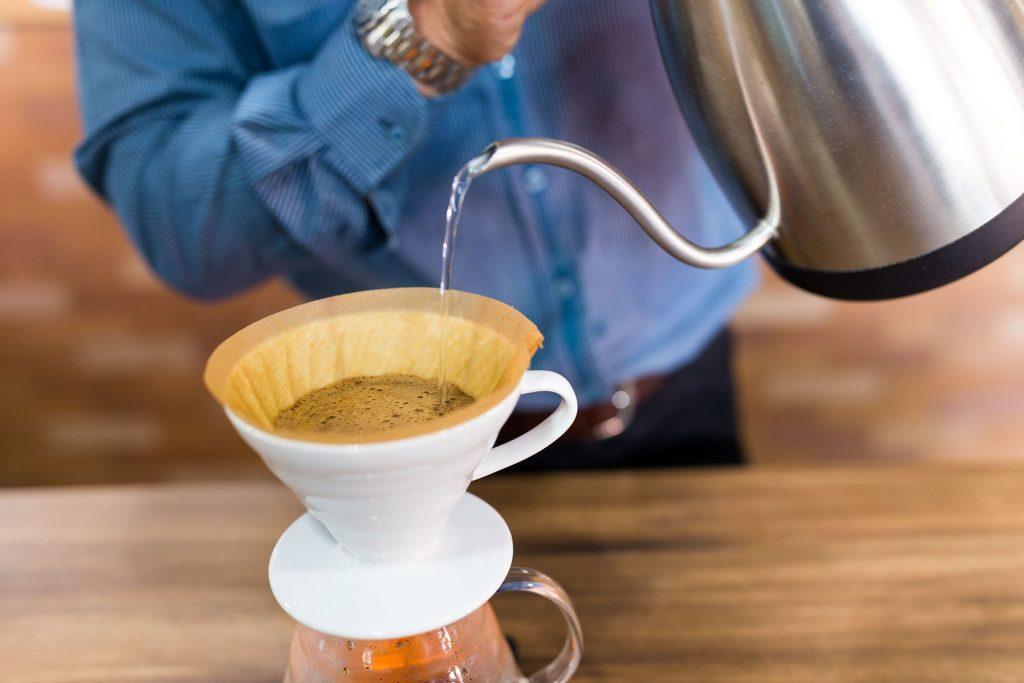 73507209 l nyya 1024x683 - 4 τρόποι για να κάνεις πιο υγιεινό τον καφέ σου