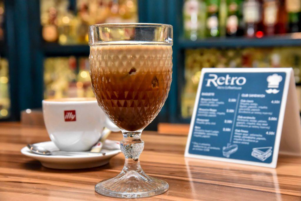 LAZ 8155 1024x684 - Retro Coffee House & Spirits: Ένας ξεχωριστός all day χώρος στο κέντρο της πόλης!