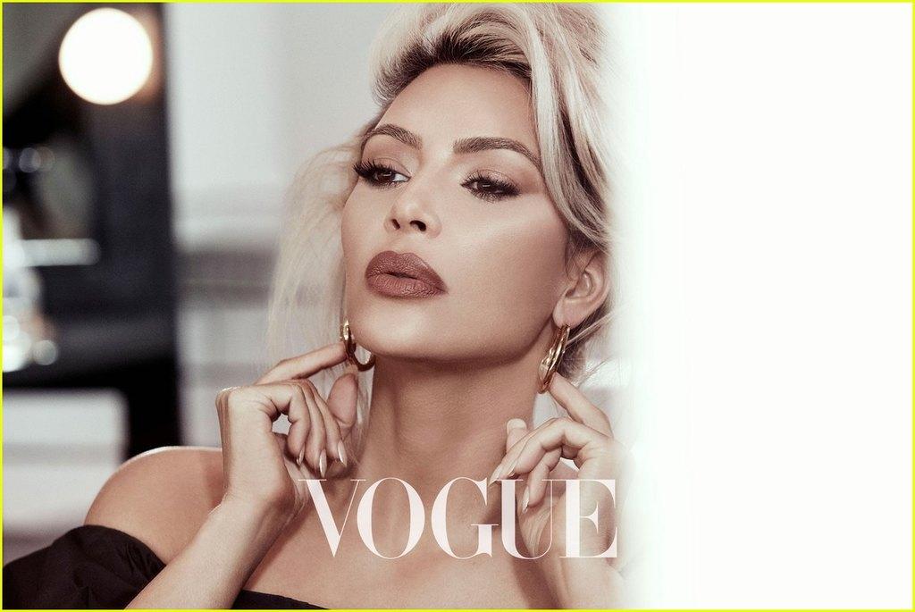 kim kardashian vogue taiwan beauty february 2018 04 - Αυτό δεν πρέπει να το χάσεις! Την νέα φωτογράφιση της Kim Kardashian πρέπει να τη δεις asap