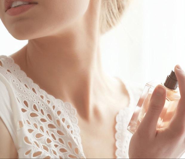 shutterstock 623119352 - Θες να τσικνήσεις σήμερα και να μην μυρίζουν μετά τα ρούχα σου; Δες τι πρέπει να κάνεις