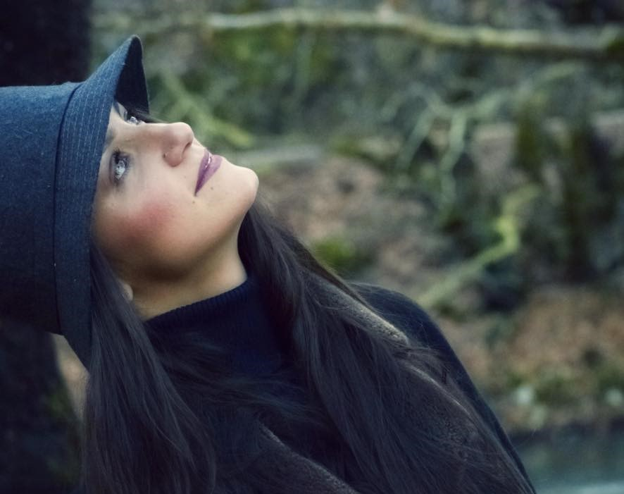 stefania - Η Λαρισαία που πρωταγωνιστεί στο νέο videoclip του Κωνσταντίνου Κουφού!