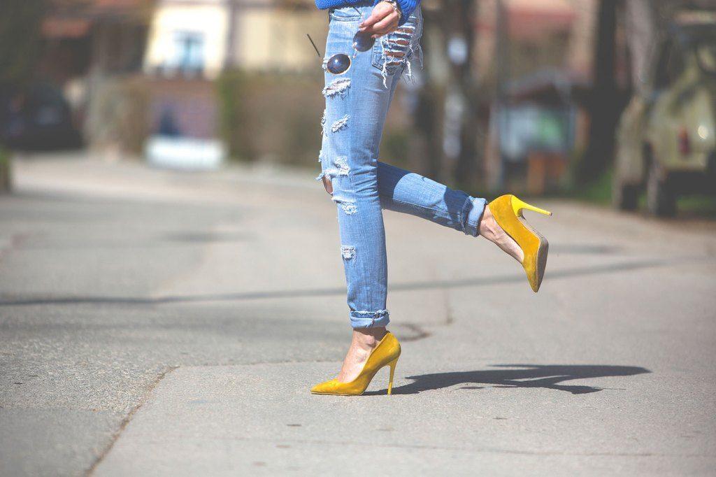 03 style yourself slimmer hemline 1024x682 - Πέντε στοιχεία που δεν είχες σκεφτεί να υιοθετήσεις στο ντύσιμό σου για να φαίνεσαι πιο αδύνατη