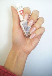7436 eveline nail therapy professional 8 206x300 - Eveline Cosmetics | Η αγαπημένη μάρκα καλλυντικών που συναρπάζει!