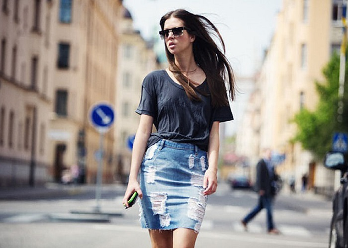 cover - Denim φούστα: 3 τρόποι για να φορέσεις τη (και πολλοί άλλοι να εμπνευστείς)