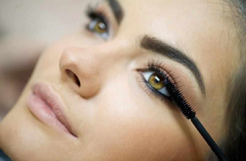 diva eyebrow shaping 1 - Επιχείρηση: «τέλεια φρύδια»! Λύσεις για κάθε πρόβλημά σου!