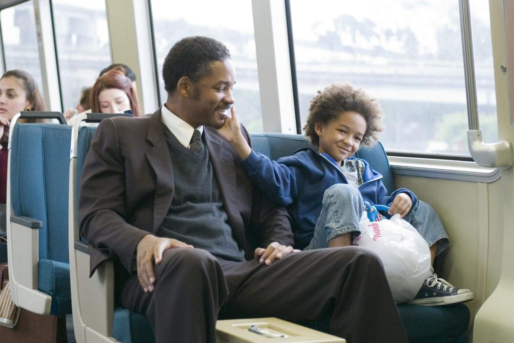 still of will smith and jaden smith in the pursuit of happyness 2006 large picture1 1024x683 - 10 ταινίες που παραδίδουν αληθινά μαθήματα ζωής