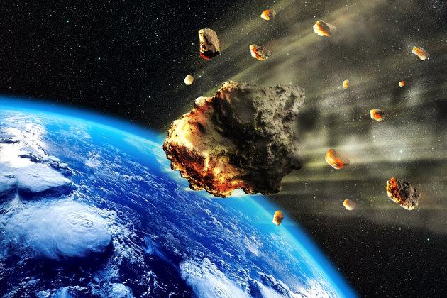 5b13deea2000004200b933ca - Μετεωρίτης φωτίζει τον ουρανό της Κίνας και προκαλεί ένα από τα πιο εντυπωσιακά φαινόμενα των τελευταίων ετών