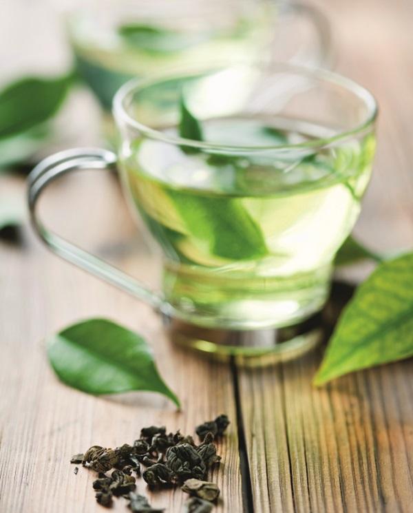 prasino tsai - 7 σούπερ τροφές που καίνε λίπος και ενεργοποιούν τον μεταβολισμό