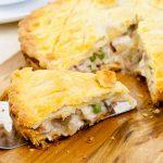 Πίτα με κοτόπουλο και μανιτάρια