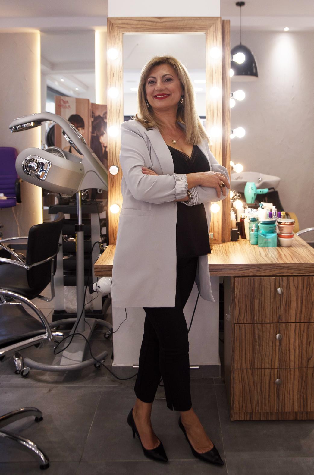 Μαίρη Γκρούμτσια, ιδιοκτήτρια της αλυσίδας κομμωτηρίων Touch Hair Salloon στην Λάρισα