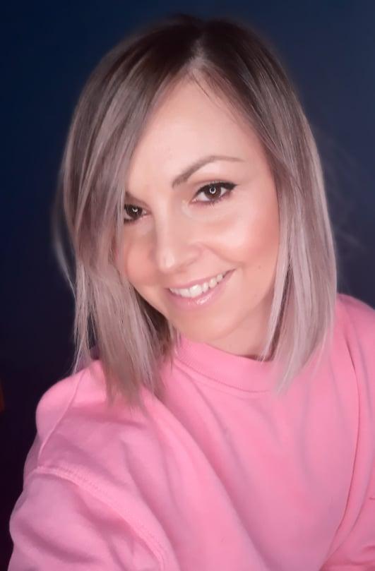 Βάσω Αποστόλου make up artist Λάρισα