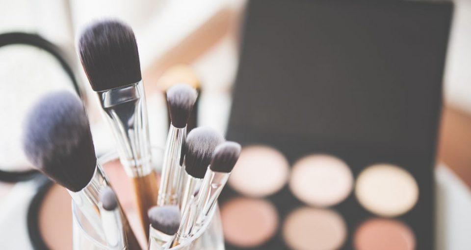 Λαρισαίες make up artists