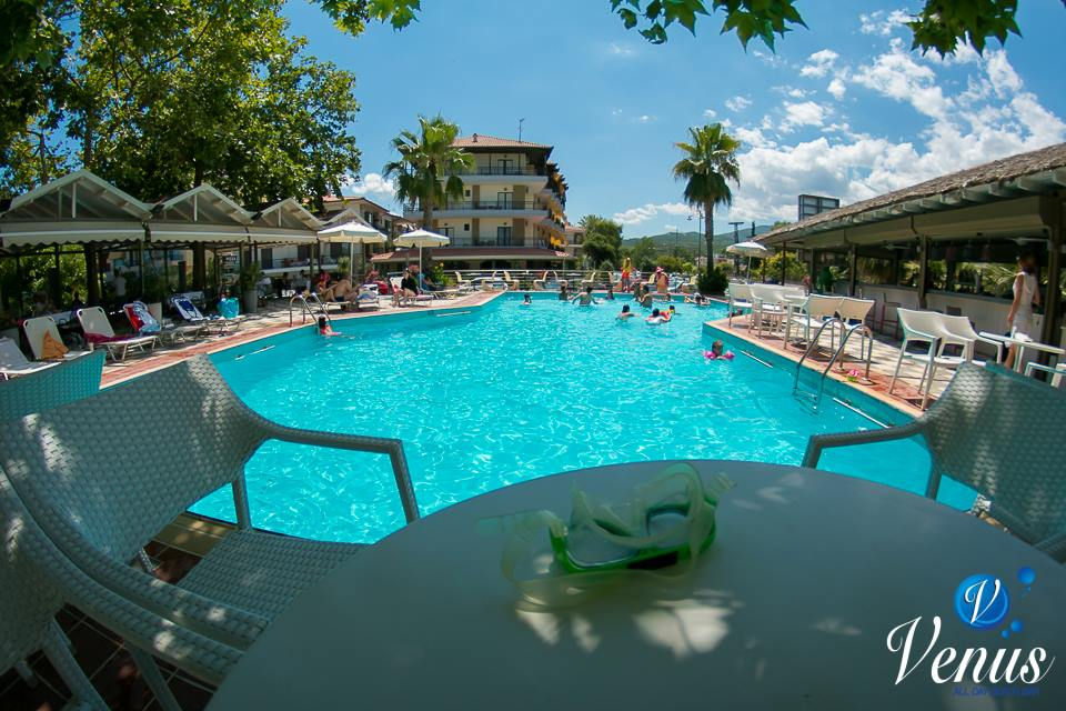 pool bar venus beach bar neoi poroi